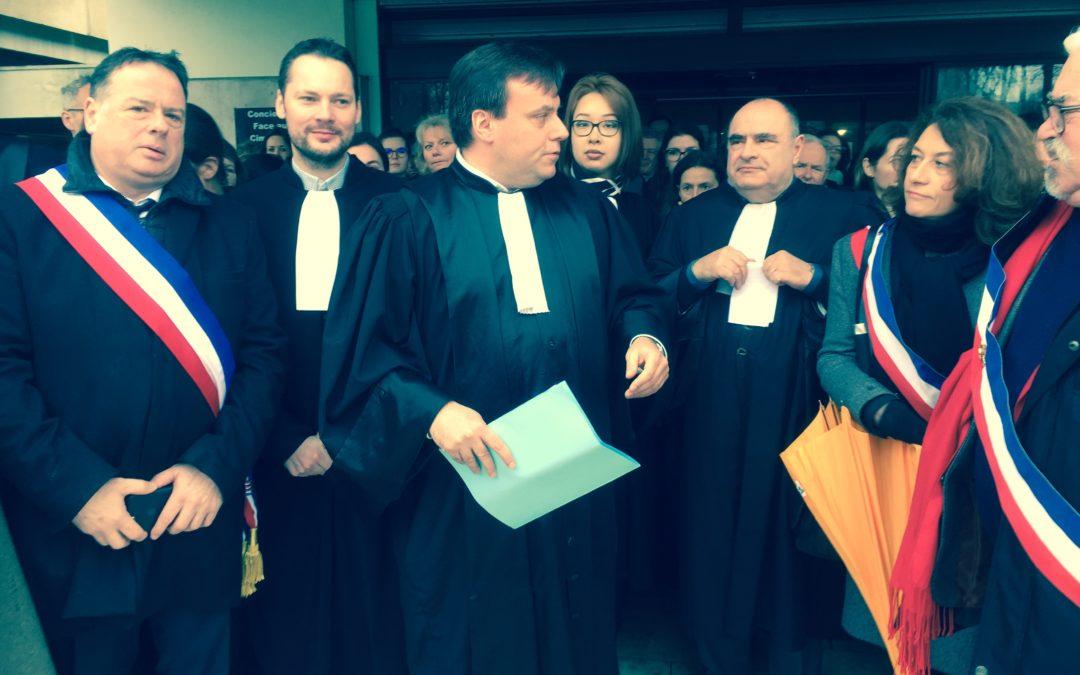 MOBILISATION DES AVOCATS DE SENLIS POUR UNE JUSTICE DE PROXIMITE